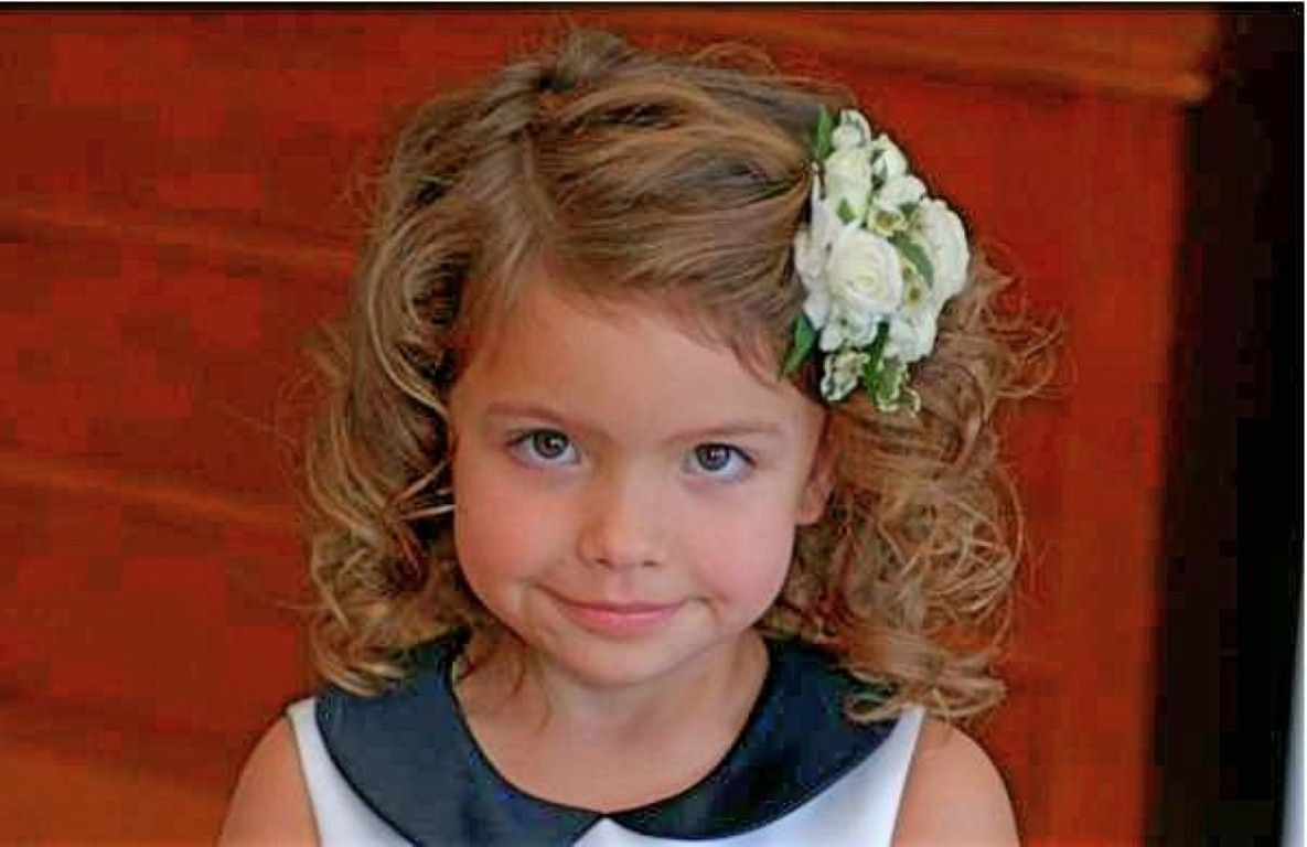 Children Hairstyles Thick Curly Google Search Kids Hairstyles Curly Hair Styles Little Girl Haircuts