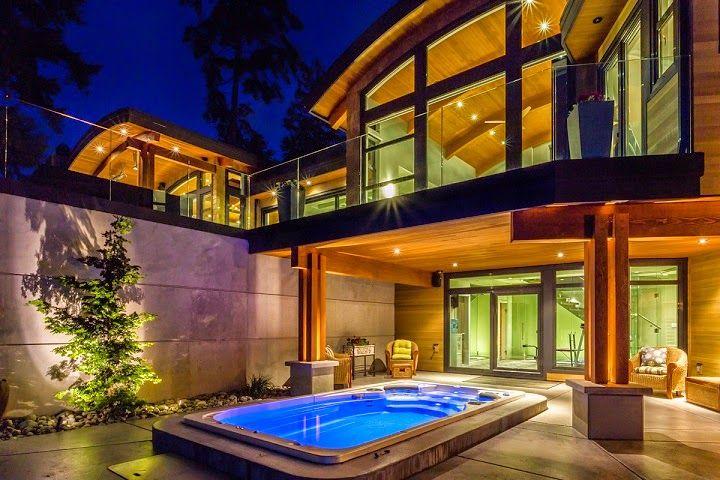 Casa Cadence modernas fachadas en madera, Vancouver, Canadá   - fachada madera