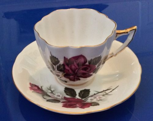 Royal London Teacup /& Saucer Fine Bone China England