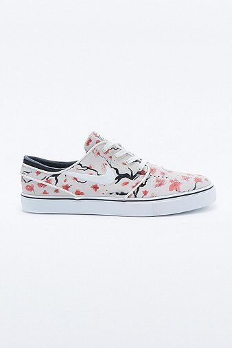 Shop Nike SB Zoom Stefan Janoski Elite Trainers at Urban Outfitters today.  We carry all the latest styles, colours and brands for you to choose from  right ...