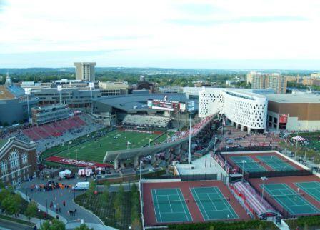 Aerial View Of Uc S Varsity Village Com Imagens