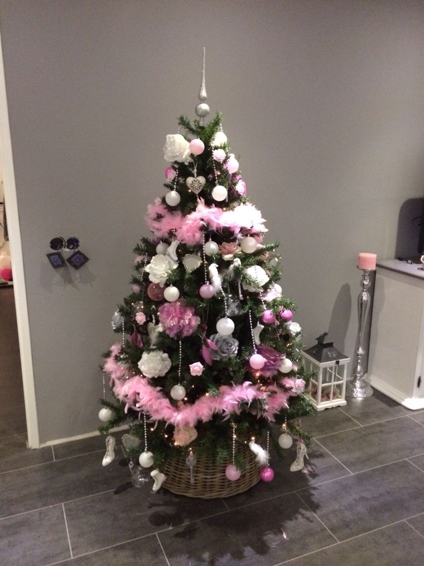 Kerstboom Trends 2017 Roze Kerstboom Inrichting Christmas Tree Christmas En Pink