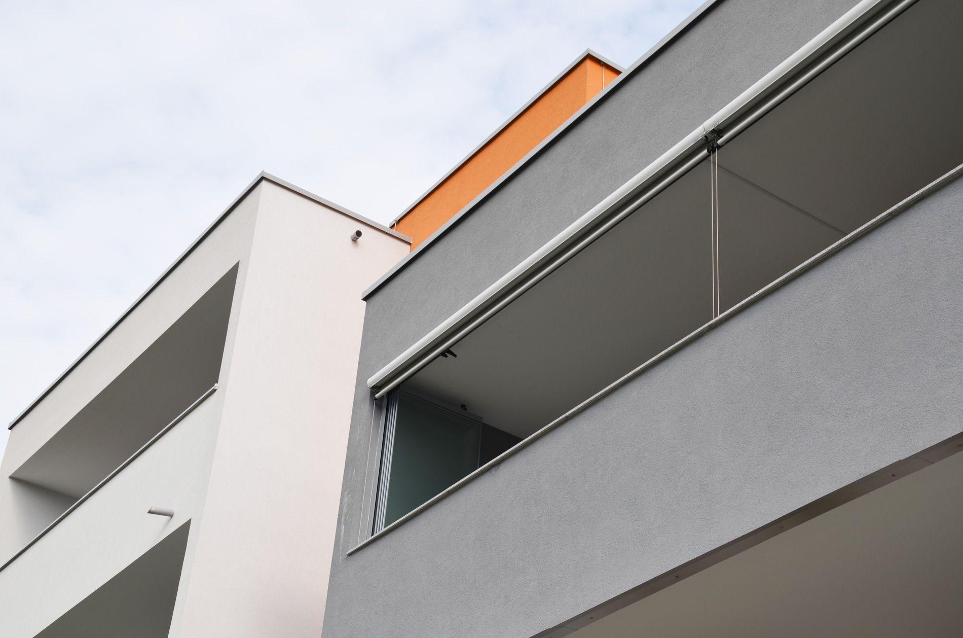Glas Faltfenster geöffnet   Beispiele für die Handhabung von Faltfenster