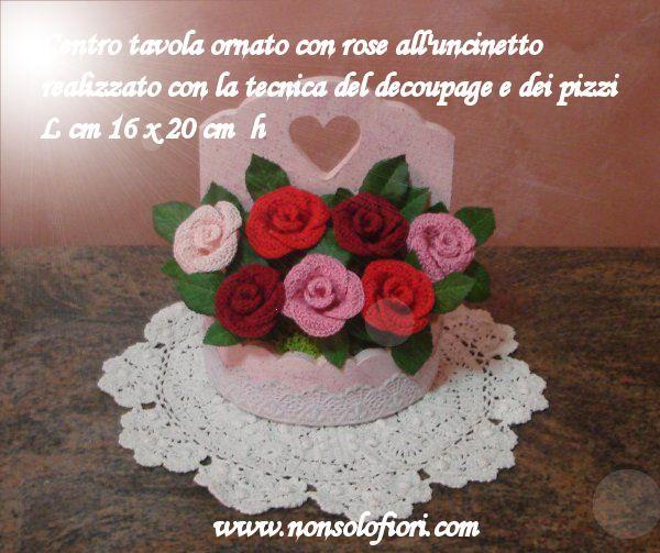 Composizione di roselline all'uncinetto www.nonsolofiori.com