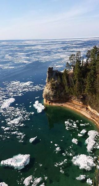 Lake Superior Still Has Ice Despite Air Temperatures In The 80s On Memorial Day Weekend The Weather Channel Michigan Travel Scenery Lake