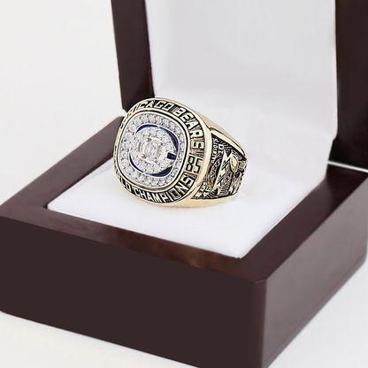 http://thebiggamerings.com/1985-nfl-super-bowl-championship-ring/