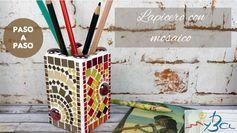 Lapicero con mosaico. Cómo decorar un bote de lápices con teselas. Suscríbete gratis y aprende con nuestros tutoriales: https://youtu.be/FTNyv2u_3hc