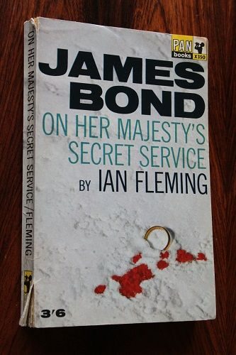 On Her Majesty's Secret Service. Cover design by Raymond Hawkey