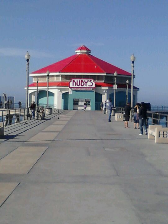Ruby S Diner At The End Of Hb Pier No Diffe Than Any Other But Location