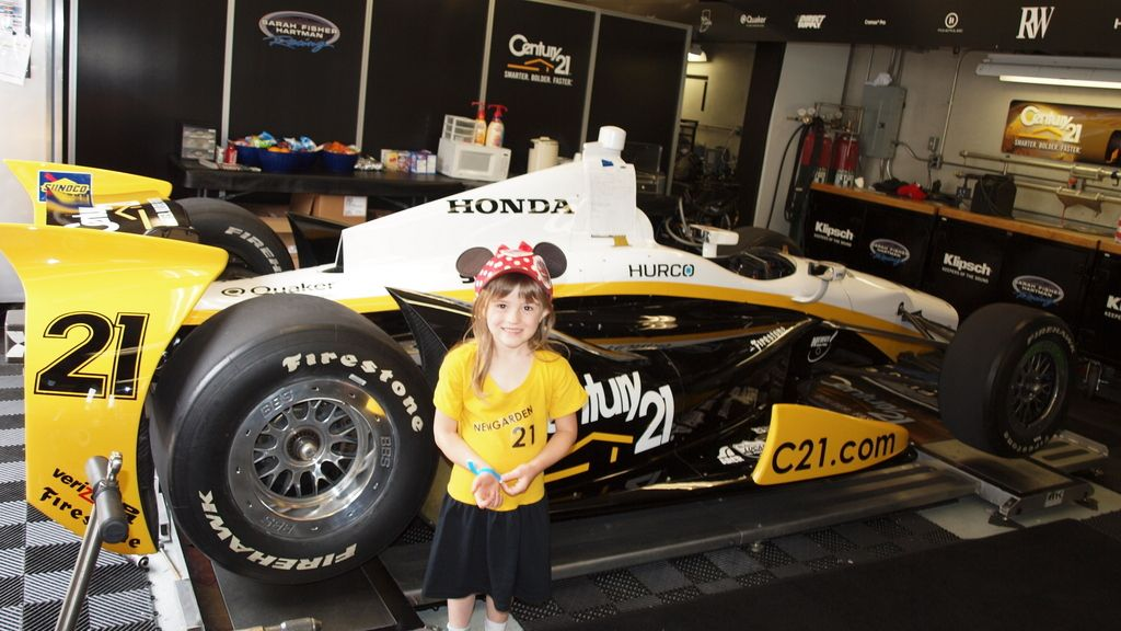 Alex in Josef Newgarden Indy 500 garage 2013.