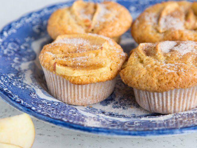 Klassiker Im Miniformat Saftige Apfel Zimt Muffins Rezept Apfel Zimt Muffins Zimt Muffins Und Muffins Backen