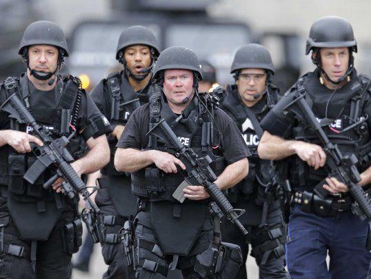 JADE HELL 15 SWAT team