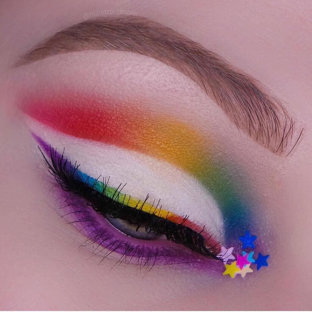 Riityeyayeѕt Iiiannaiii Rainbow Makeup