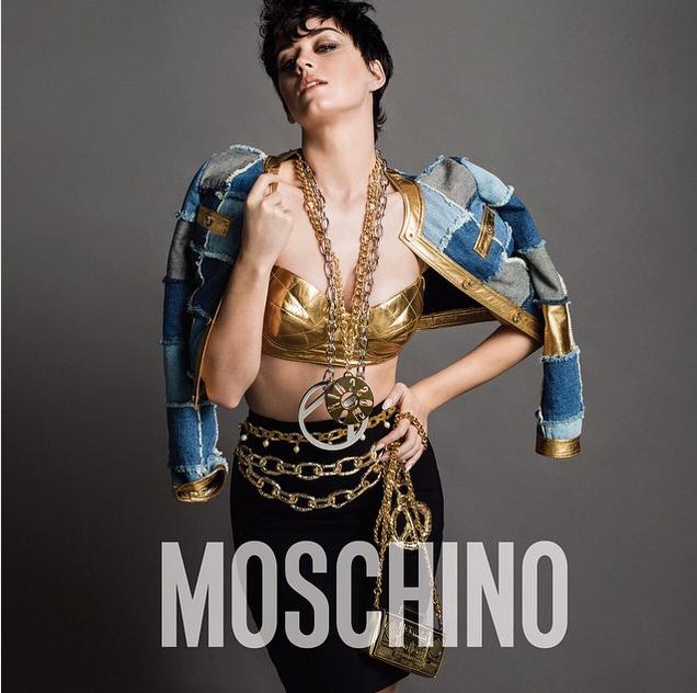 Nova campanha para Moschino estrelada por Katy Perry | Drops das Dez