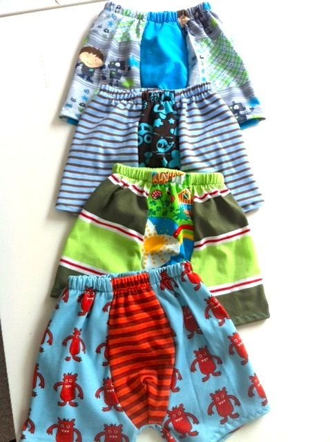 Tutorial - undies and how to sew the rubber band on the top | Sewing ...