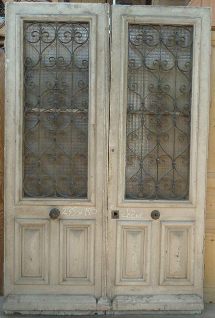 Bien connu porte d'entrée ancienne deux vantaux en chêne avec grilles fer  QC27