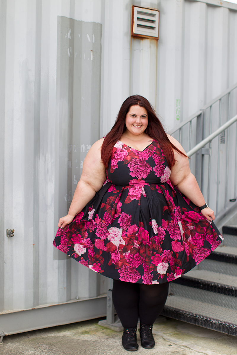 b584f6178b6 New Zealand plus size fashion blogger Meagan Kerr wears Autumn Days Dress  from City Chic