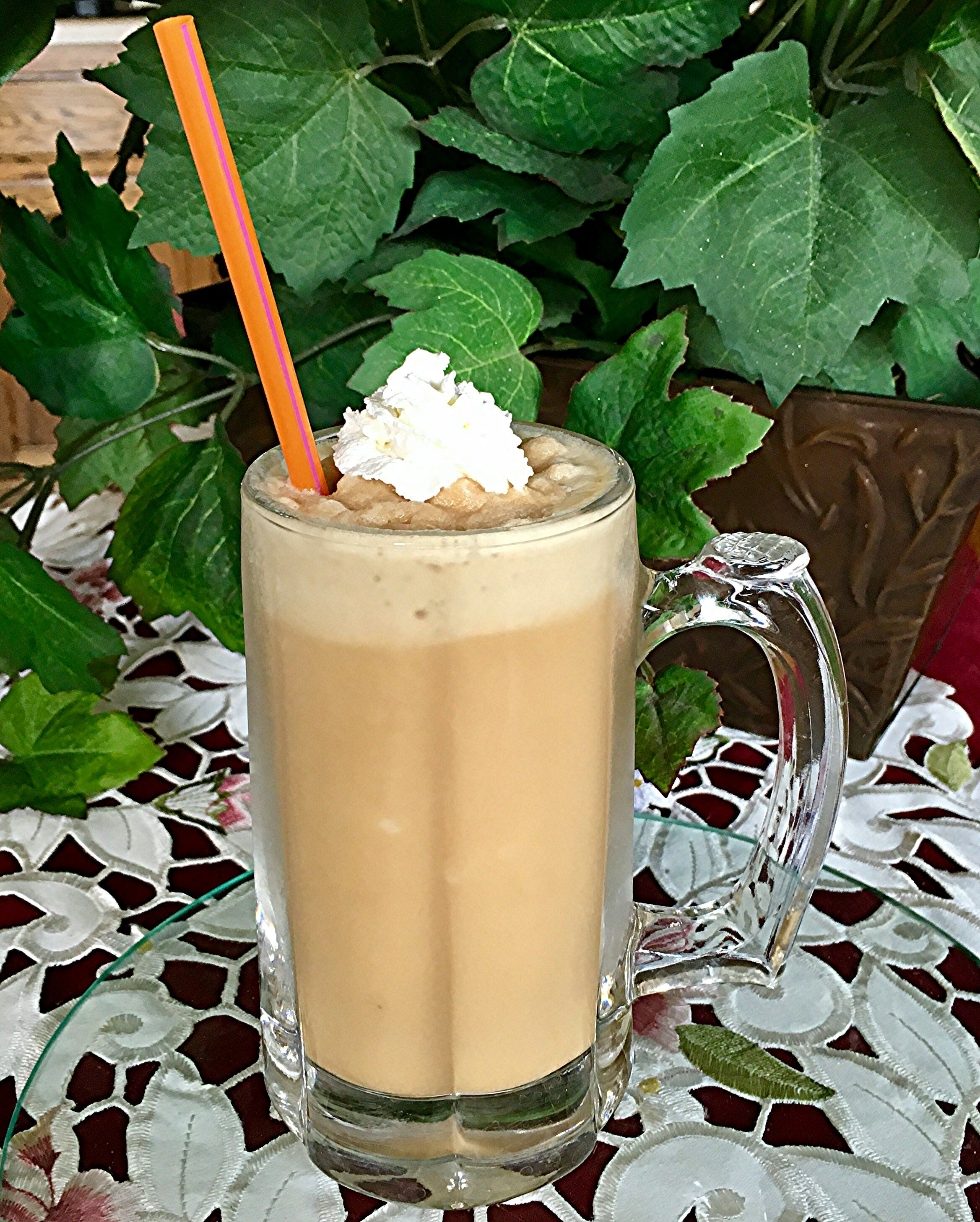 Creamy iced vanilla caramel coffee coffee recipes