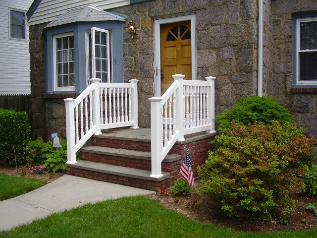 36 Quot Baluster Pvc Railings On Bluestone Steps Fabricated