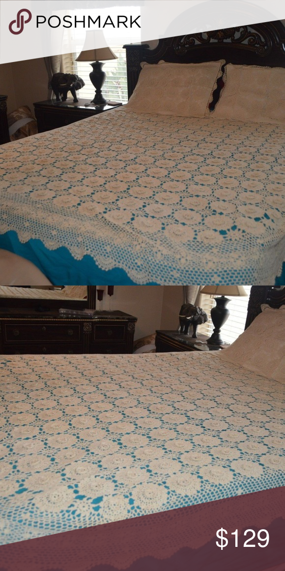 Hand crochet bed cover vintage measurements are