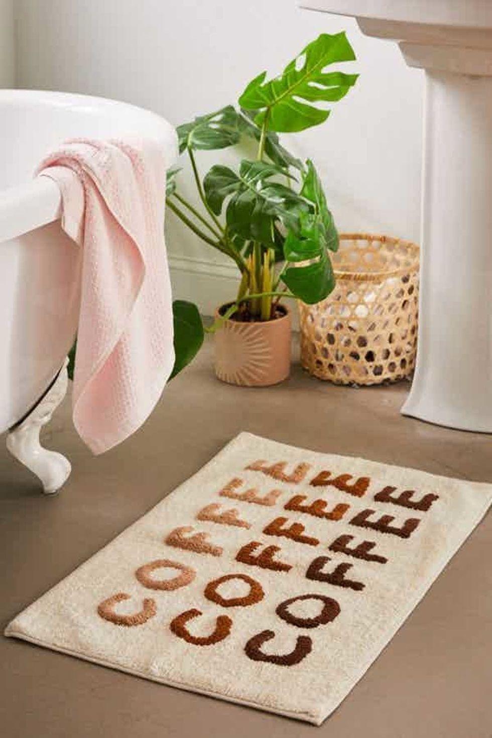 11 Ways To Wear A Crop Top Like A Style Blogger This Fall Coffee Bath Bath Mat Boho Bathroom