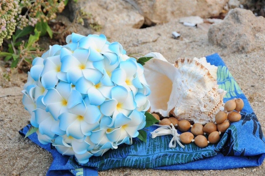 Blue Plumeria Bouquet Smaller And With More Green For Bridesmaids Plumeria Bouquet Hawaiian Wedding Flowers Plumeria