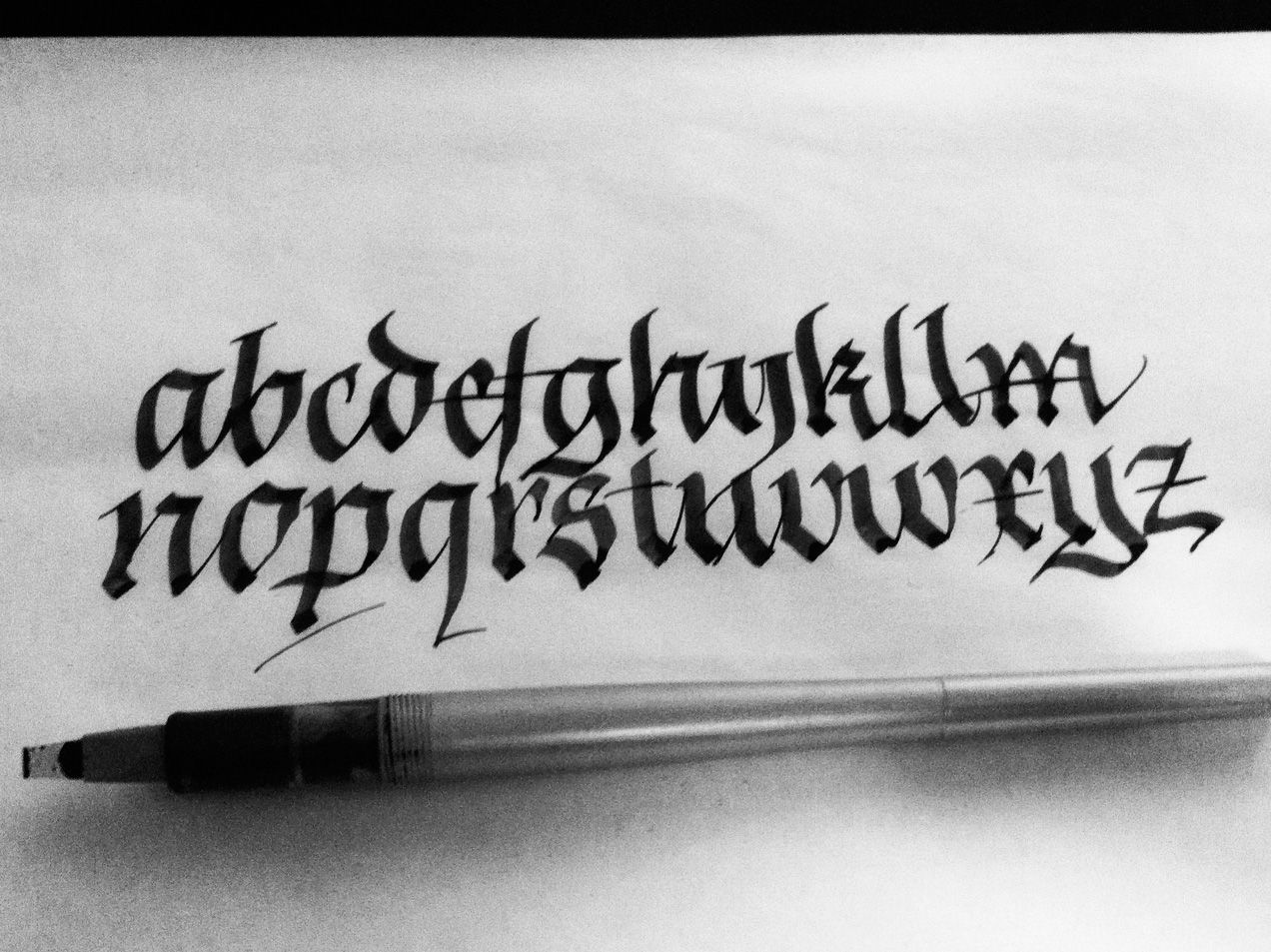 Simple dirty fraktur model paralell Easy calligraphy pen