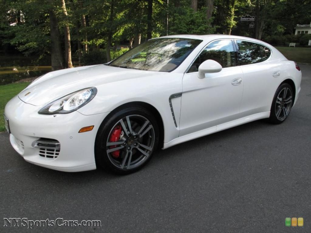 Porsche Panamera Turbo S Has Rear And Front Heated Adjule Seats A Neat Refrigerator For The Kids Afterschool Snacks It Is Twin Turbos