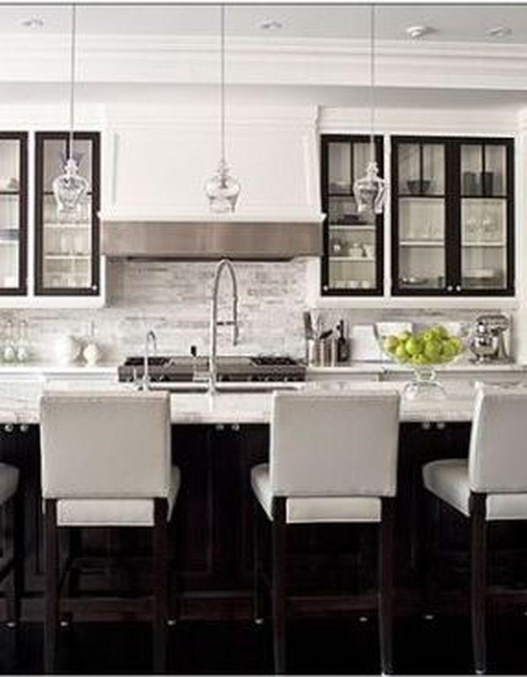 30 Elegant Black And White Kitchen Cabinets Design Ideas To Copy