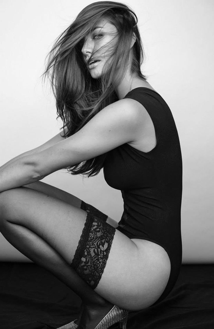 Lauren Mellor Nude Photos 52