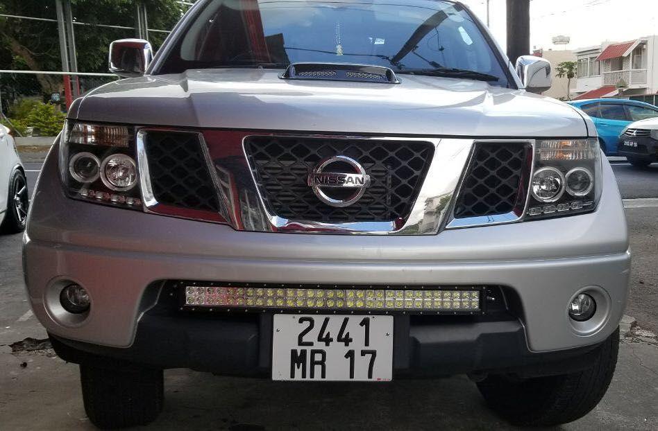 sonar headlight and led bar fitted on nissan navara navara rh pinterest com Nissan Note E11 Nissan D40 Navara King Cab