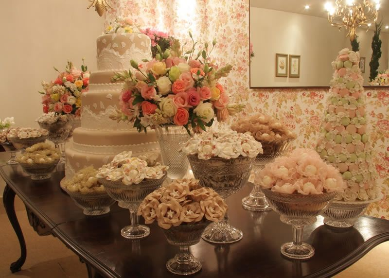 shabby chic bridal shower Tablescapes