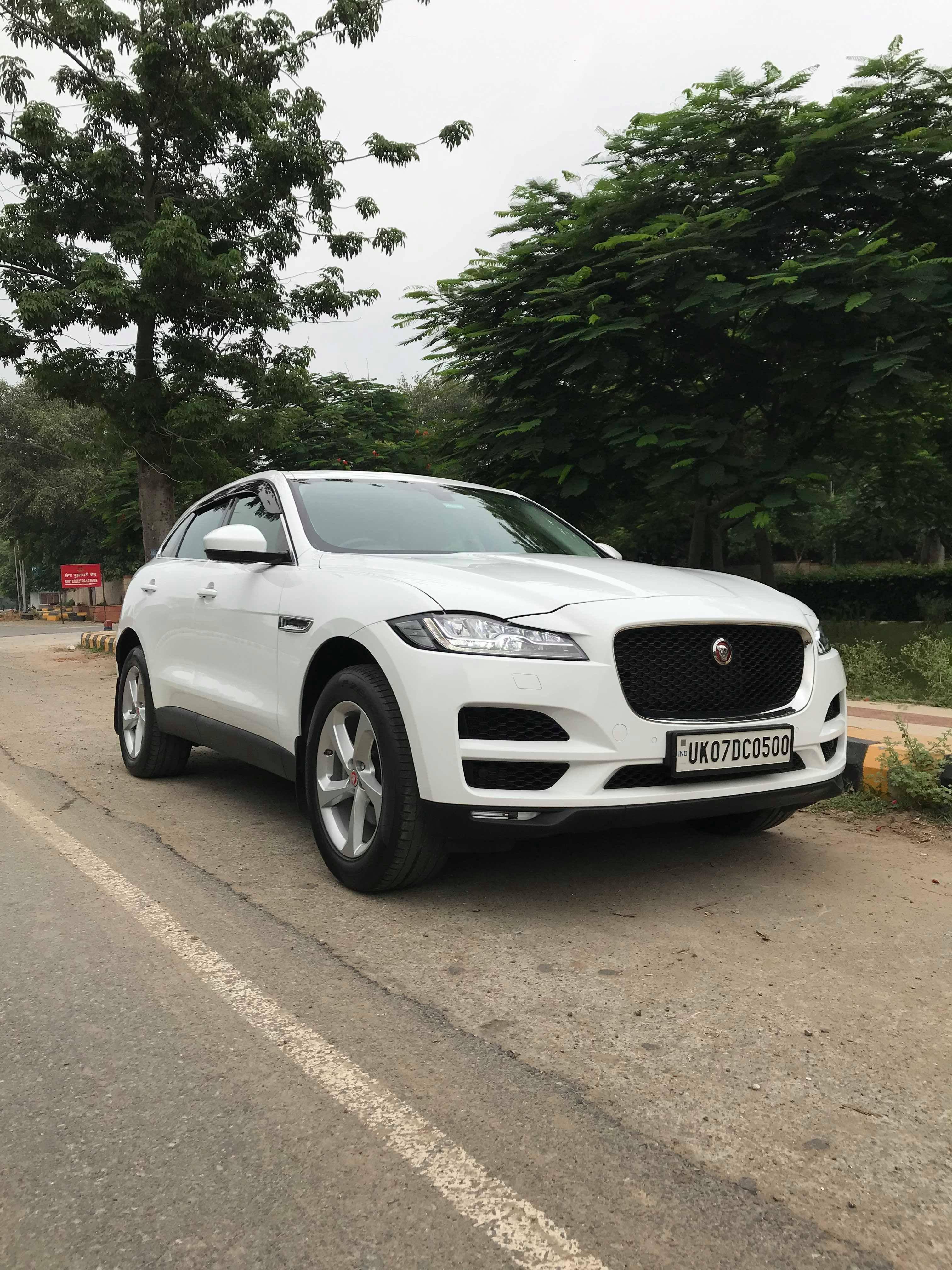 Jaguar F Pace 20d Awd Prestige 2019 Real Life Review Luxury Crossovers Jaguar Car Awd