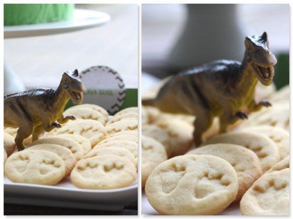 dinoparty kekse essen backen kuchen dino party pinterest party geburtstag. Black Bedroom Furniture Sets. Home Design Ideas