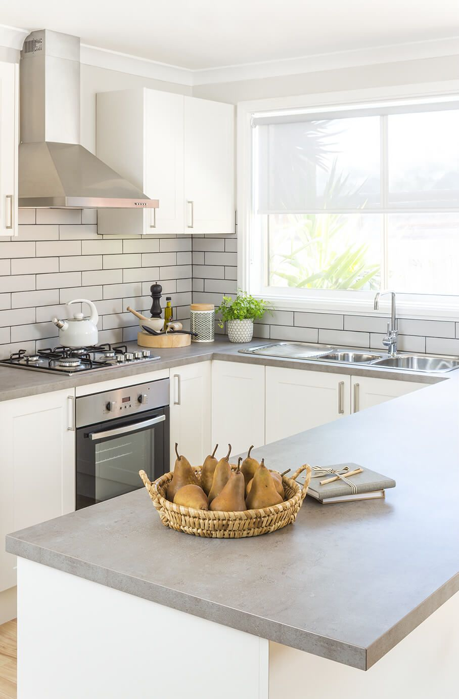 Check Out The Latest Kitchen Design Trends And Inspiration Made Possible And Affordable For Everyday Kitchen Layout New Kitchen Designs Kitchen Design Trends New kitchen design trends