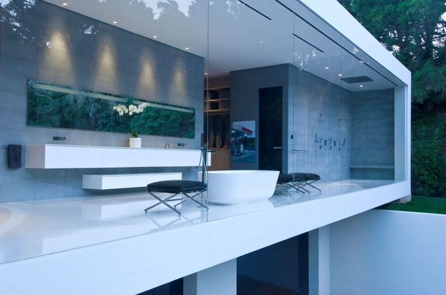 Open bathroom in the glass pavilion in montecito california by architect steve hermann