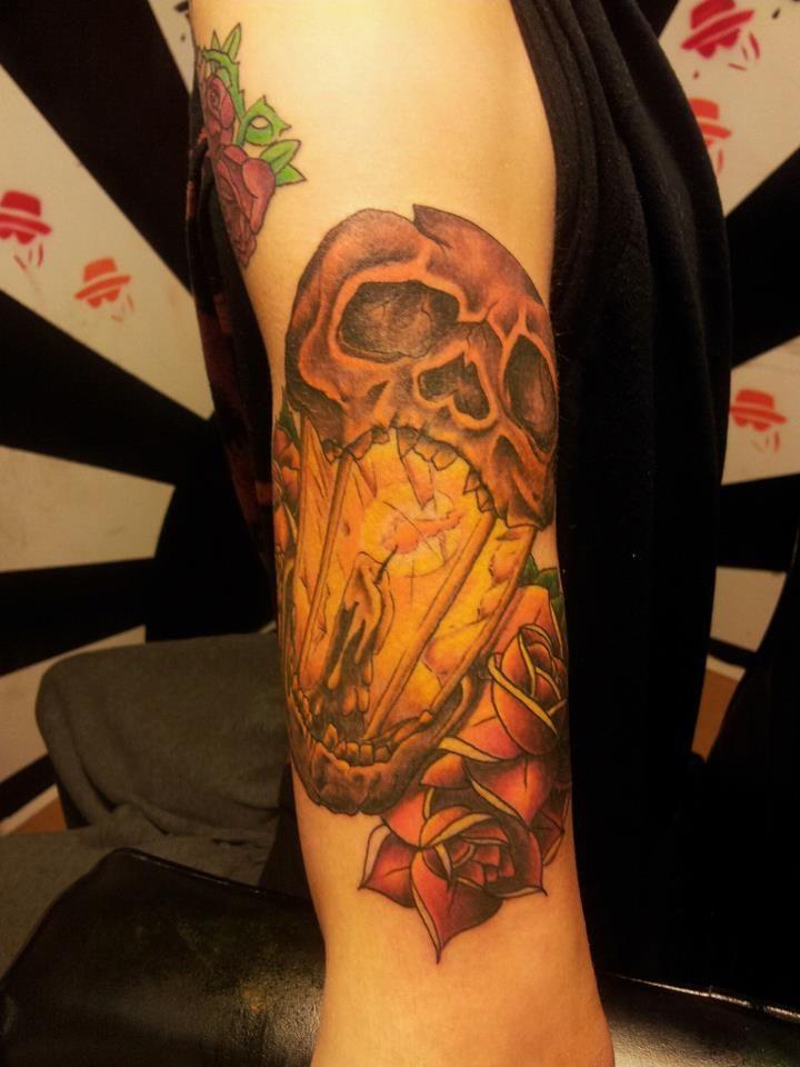 skullcandle | Lantern tattoo, Lamp tattoo, Tattoos