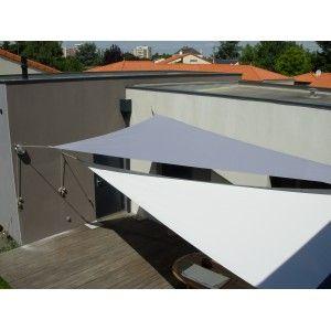 Toile D Ombrage Triangle Rectangle En Soltis Qualite Haute Finition Avec Images Toile Ombrage Idee Deco Exterieur Patio Pergola