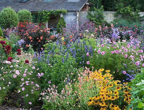romantic cottage garden garten patios jardines und balcones. Black Bedroom Furniture Sets. Home Design Ideas
