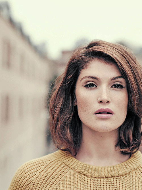 FY  Gemma Arterton   Beauty   Pinterest   Shoulder length cuts     Gemma Arterton