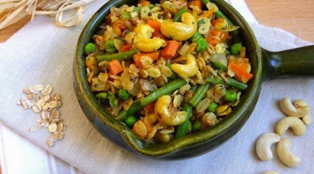 Upma à l\'avoine et aux petits légumes {Bataille Food #23}