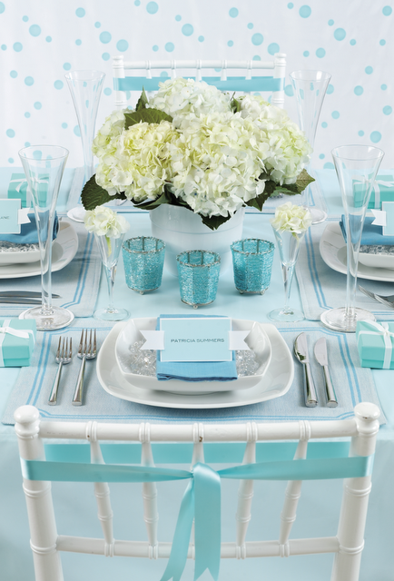 Tiffany blue wedding reception table setting. Images by Craig Wall for Cosmo Brides. Styling by Melinda Hartwright & Tiffany blue table setting | Tiffany blue Tiffany blue weddings and ...