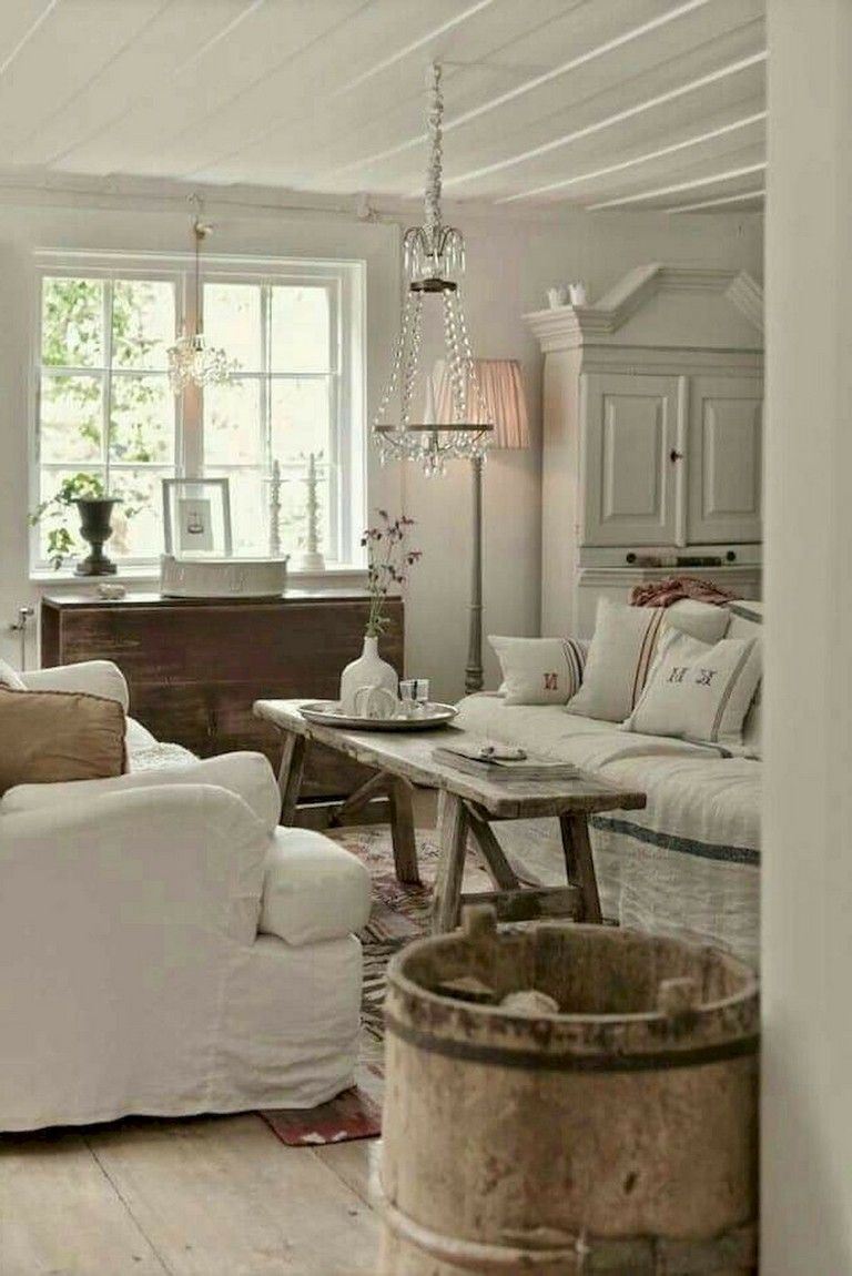 72 Amazing And Easy Diy Coffee Table Ideas Shabby Chic Decor Living Room Country Living Room Shabby Chic Room #shabby #chic #living #room #decorations