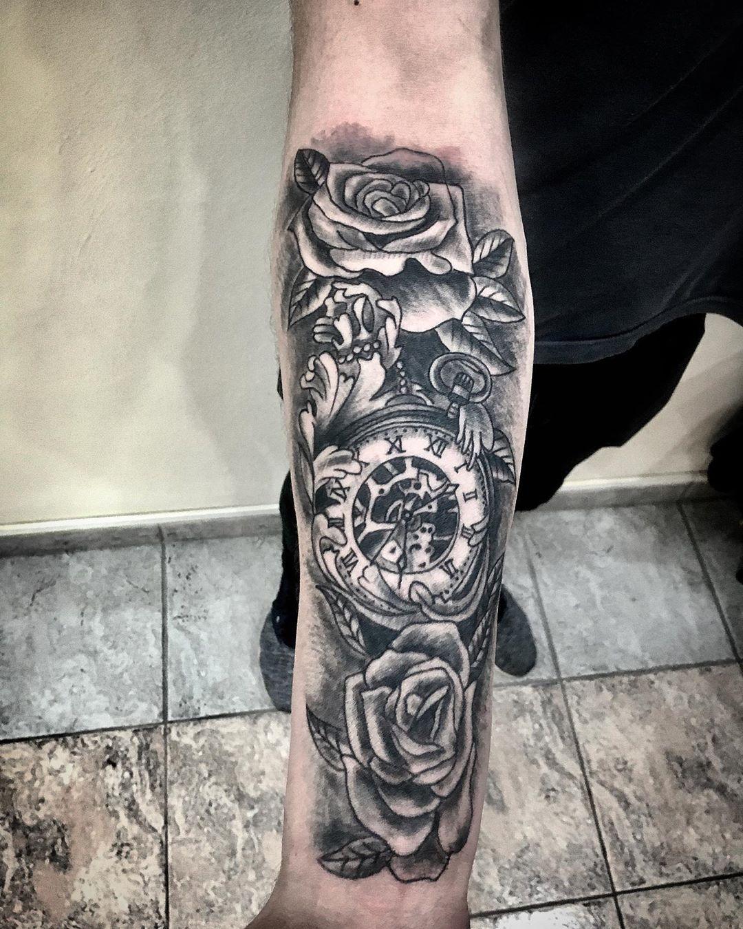 D⚓️W. Merlo. Zona oeste. BsAs. Argentina. .  #tattooart #tattooartwork #tattooartists #tattooartist #blackandgreytattoos #tattooers #tattooer #tattooarm #merlo #merlotattoo #zonaoeste #zonaoestetattoo #bsas #bsastattoo #argentina #argentinatattoo