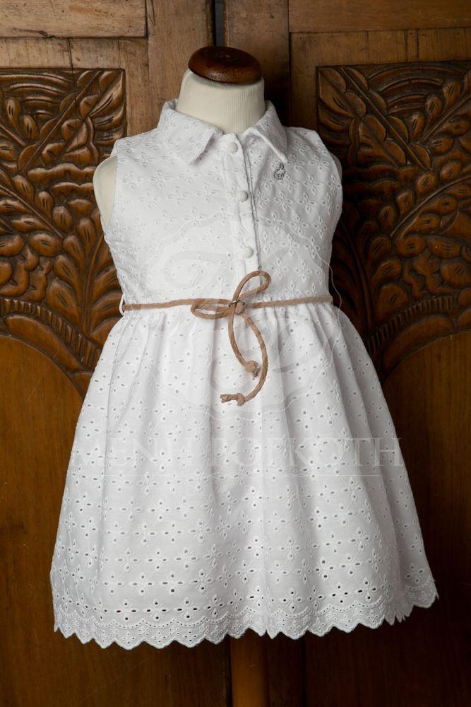 d184b2ca882 Βαπτιστικά ρούχα για κορίτσι της Angel Wings λευκό μπροντερί ...