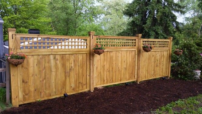 Diy Craftsman Style Lattice Top Privacy Screen Fence Fence With Lattice Top Outdoor Projects Magnolia Homes