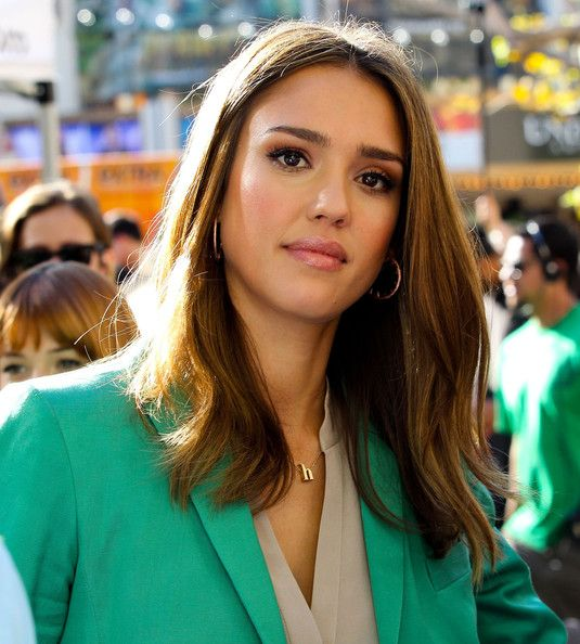 Jessica Alba's hair is the inspiration for my next hair cut
