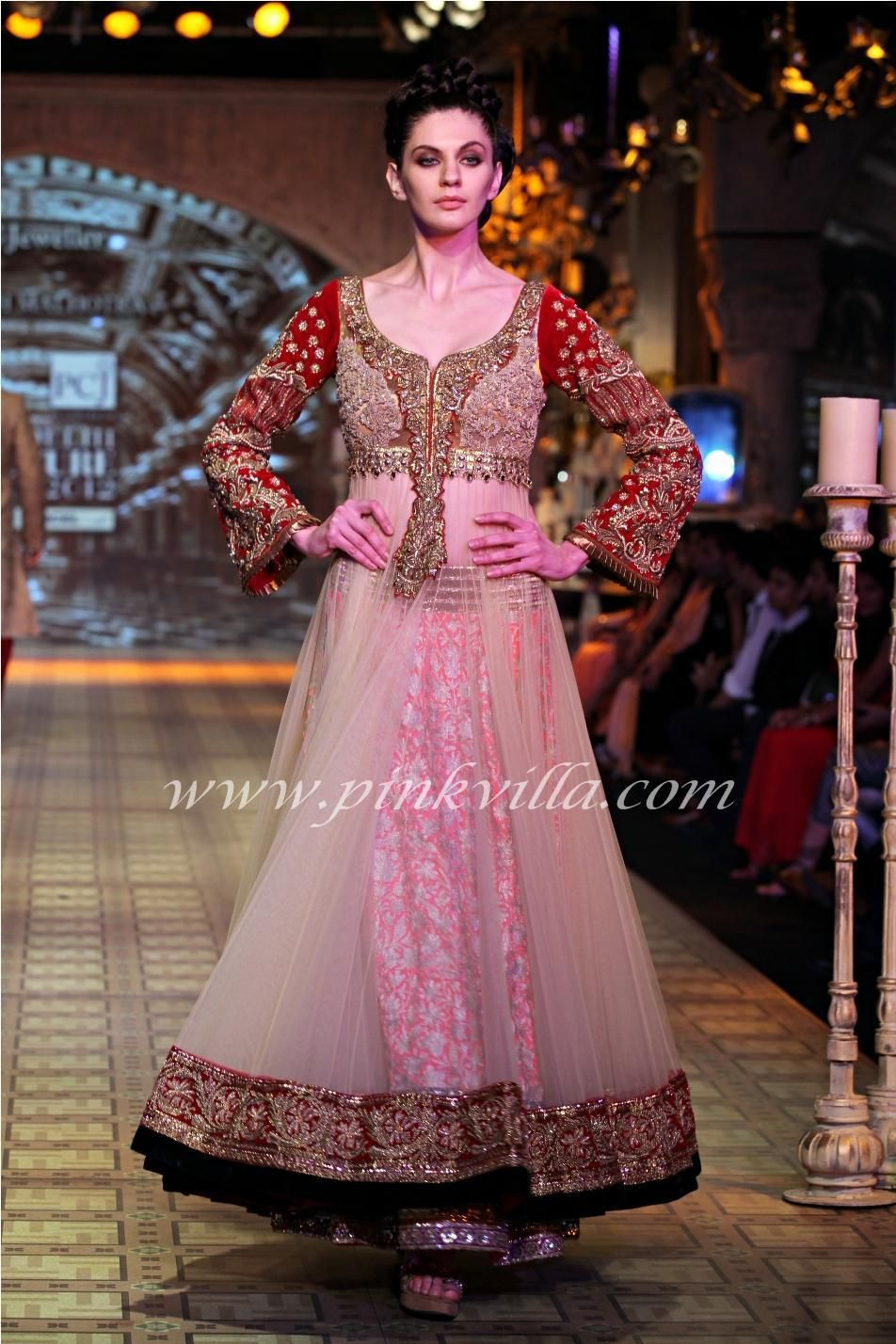 Manish Malhotra show at PCJ Delhi Couture Week | Things to Wear ...