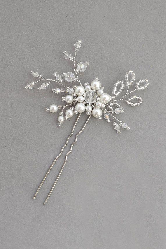 Flower minimal pearl bridal hair pin Woodland branch bridesmaid hair pin Simple rustic bridal hair piece Boho head piece Art deco hairpiece