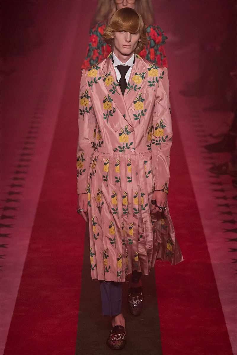 Alessandro Michele presented seven SS17 menswear looks for Gucci during London…